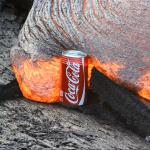 Coke trifft auf Lava – ein unfaires Duell!